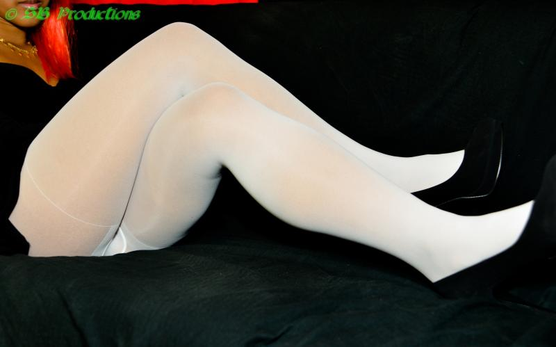 Katashi Sexy Asian in pantyhose video available from clips4sale.com/5552 and www.eclipstore.com/124