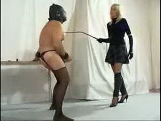 Domino Lady Training Slave To Cum In Pain