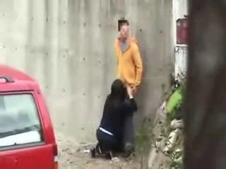 Guy Catches With The Camera Two Teenagers Fucking In The Backyard Of His Building