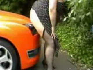 Mature Woman Riding Dildo Stick On The Car Parked Outside While BF Recording