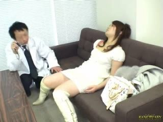 Hypnotized Woman Abused By Doctor
