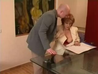 Mature Boss Fucks Assistant Boy At her Office