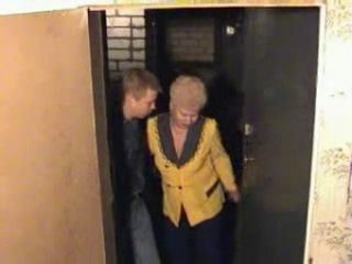 Yellow Shirt Granny Fucked Young Guy in her Home