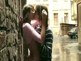 Teenagers Fucking In The Rain