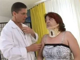 Granny is Fucked by a Young Doctor Instead of Therapy