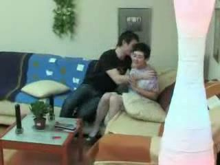 Amateur Middle Age Couple Makes Sex Tape at Home
