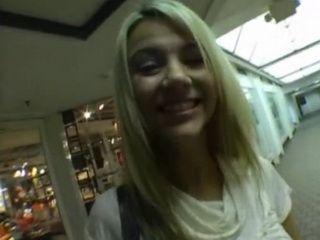 Airport Slut Shows Stranger a Good Time on Camera