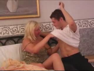 Mom Likes To Check Before Start Fucking Teen Boy