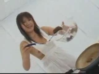 Crazy Japanese Girl Preparing A Shit For A Lunch