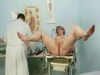Mature fat pussy Ruzena gyno speculum bizzare clinic exam