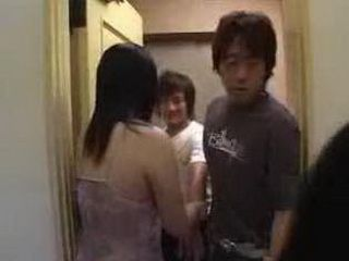 Japanese Girl Screams While Having Dildo Stucked In Her Ass And In Her Pussy