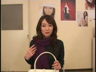 Japanese Model Tricked To Do Porn Photoshot 1