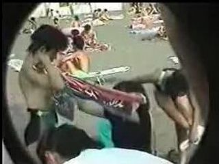 Japanese Teenage Girl Caught By Amateur Camera While Dressing Up On The Public Beach
