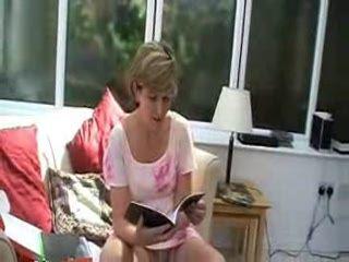 sara-21 reading the instructions