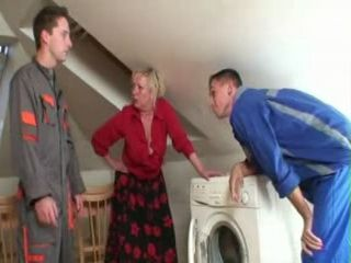 Granny Gets Fucked By Two Young Repairmen
