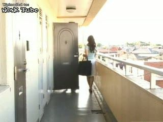 Japanese Housewife Caught Masturbating On Terrace By Neighbor Boy
