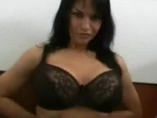 Big Natural Tits Showing On Cam