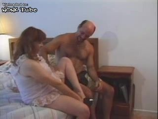 Pregnant Amateur Wife With Big Belly Fucked By Her Husband