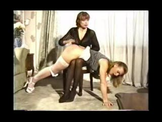 Woman gets spanked by her therapist 2