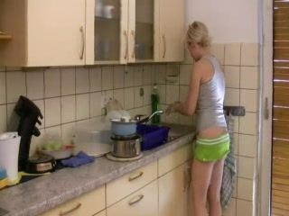 Blonde Girl Fucked From Behind While She Wash Dishes