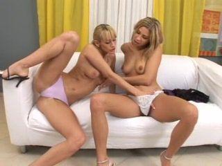 teen lesbian