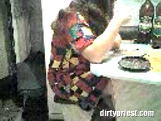 Real Girlfriends Mom being Fucked In A Kitchen After A Few Drinks