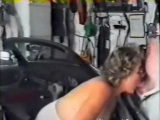 Amateur Granny Doing Deep Throat Blowjob To Grandpa In Garage and Got Fucked