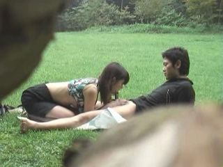 Couple Taped by Voyeur Fucking In the Park