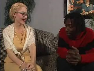 Hot American Los Angeles Granny Gets Anal Fucked By Black Guy