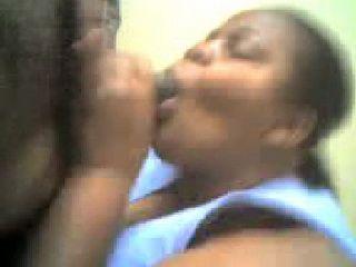 Amateur Afroamerican Chubby Wife Suck Off Hubbys Dick