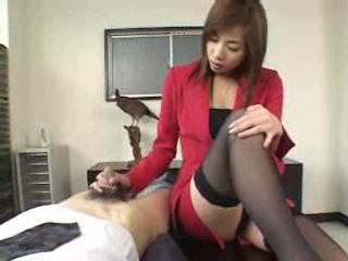 Hot Secretary Relax Her Boss With Tekoki at Office CFNM Porn Video