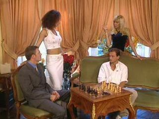 Husband Lost His Wife In Chess
