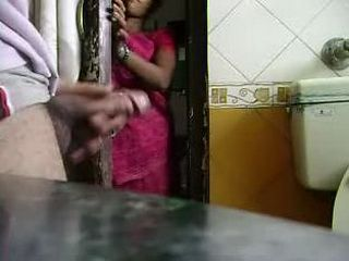 Indian Maid Was Shocked When She Saw Boss Jeking