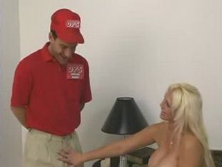 Huge breasts babe gets fucked