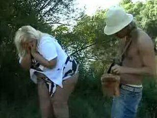 Strange Tourist Found Big Blonde Woman Hiding In Park 3x