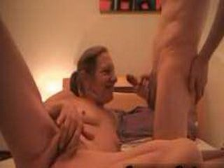 Mature babe gives blowjob and gets facialized