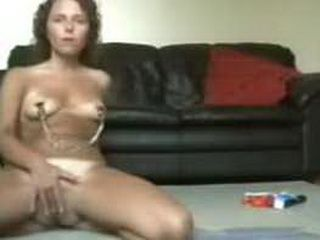 Kinky babe toying her pussy and gives bj