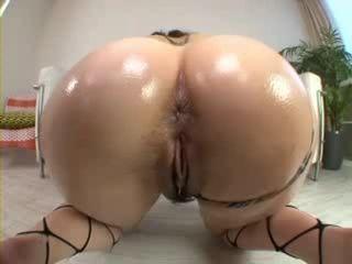 Hot Oiled Japanese Booty Hardcore Fuck