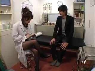 Tekoki and Nylon Dry Sex at Japanese Female Doctor