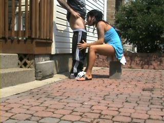 Amateur Summer Blowjob at the Backyard
