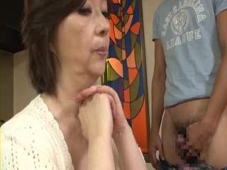 HONE 105 Saori Shiroyama Mother and Son