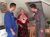 Busty Granny Will Pay Machine Repair To Boys With Her Old Pussy