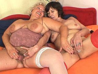 Lesbian First Time Amateur