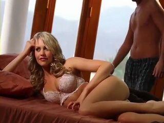 Sensual Blonde Hottie Mia Malkova Gets Passionate Sex
