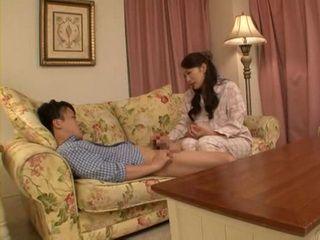 Horny Stepmom Reiko Kobayakawa Abuse Her Sleeping Son
