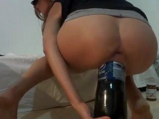 Amateur Teen Fucks Huge Pepsi Bottle