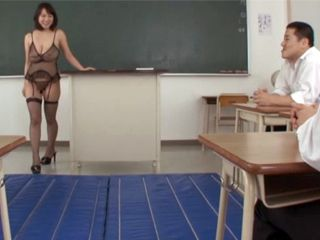 Dressed Like A Whore Milf Teacher Tease Schoolboys To Fuck Her