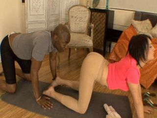 Private Pilates Instructor Gets Intoxicated By Smelling Dripping Wet Pussy