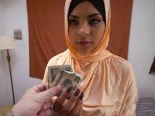 Sweet Arab Girl Do Blowjob For Money