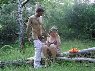 Picnic With Immoral Mature Milf Aunt Transform Into Passionate Sex